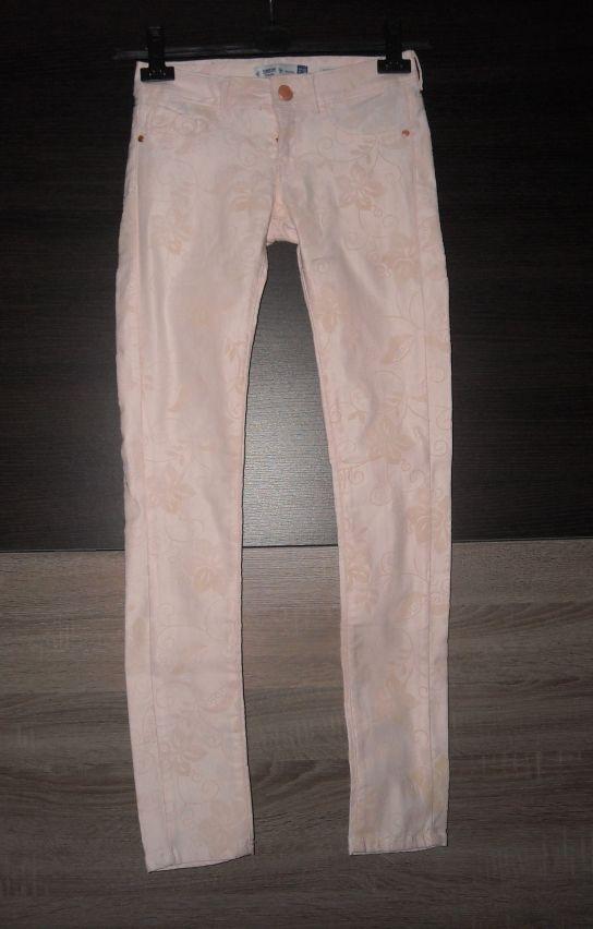 różowe jeansy skinny bershka w kwiaty 34 xs...
