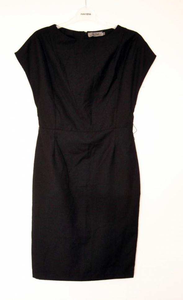 Suknie i sukienki czarna sukienka top secret 34