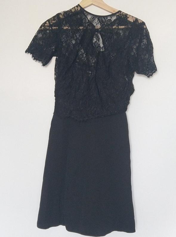Czarna sukienka z koronkową górą ZARA NOWA S M