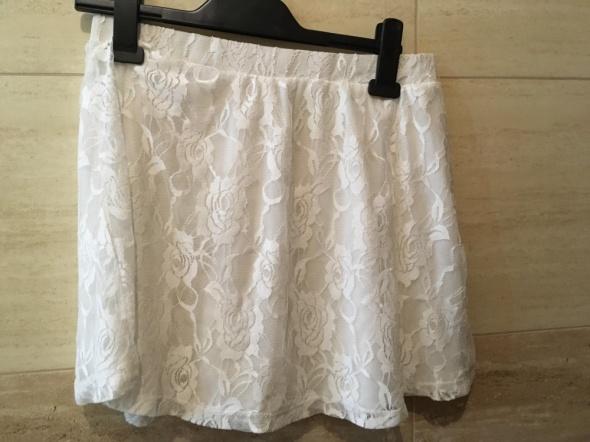 biała koronkowa spódniczka 36 S terranova...