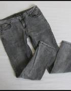 Spodnie jeansowe elastyczne 40 L Fishbone stan bdb...