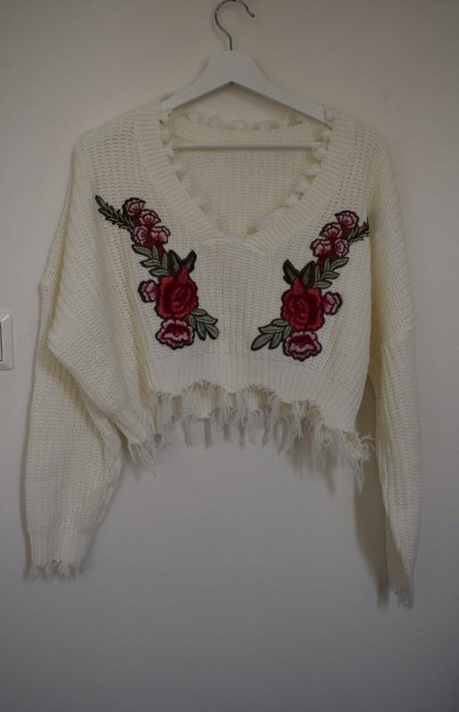 Swetry Shein krótki sweter oversize strzępienia róże hit