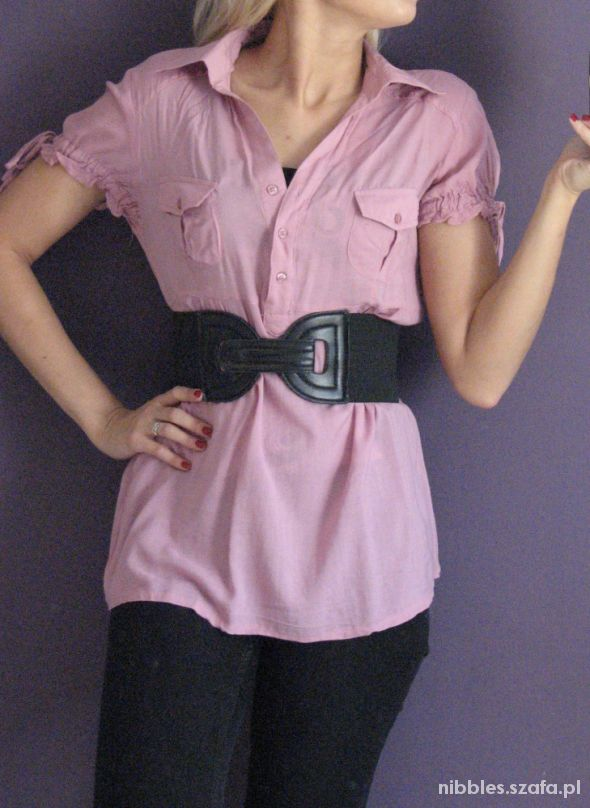 Różowa koszula tunika