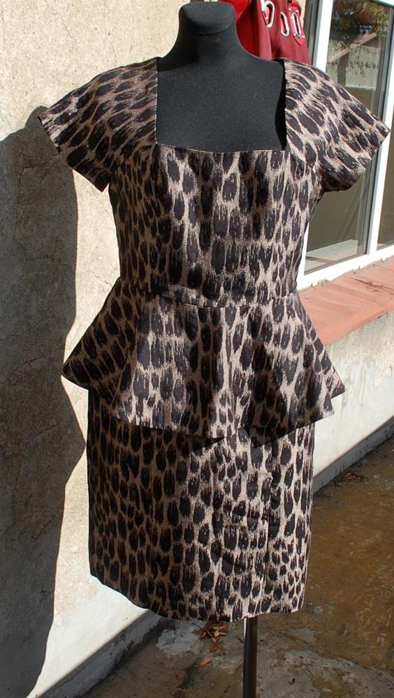 z baskinką panterkowa jak nowa angielska sukienka