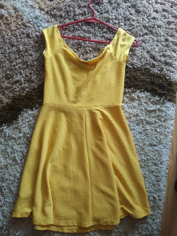Zółta sukienka NEW LOOK