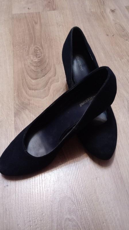 Graceland buty na korku...