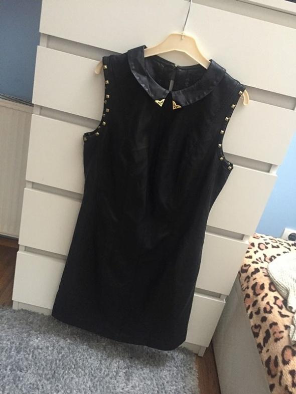 Czarna sukienka skórzana ćwieki L...