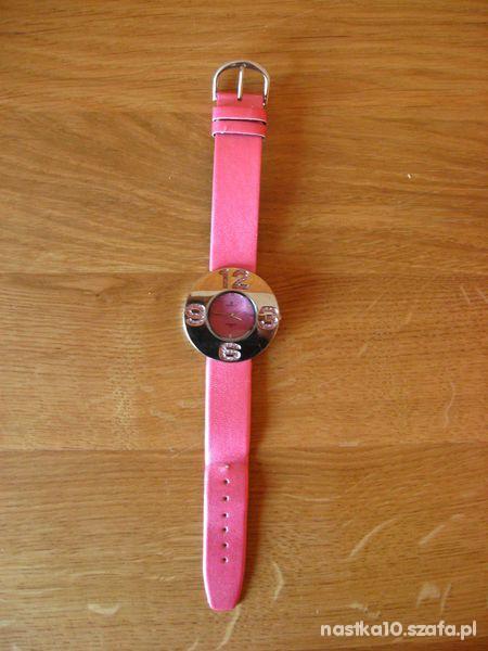 Różowy zegarek z cyrkoniami