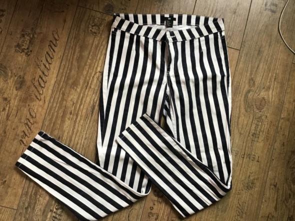 H&M spodnie w paski rurki jak NOWE