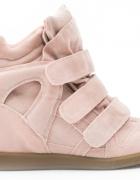 Różowe sneakersy z rzepami na koturnie 41...