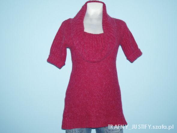 Czerwony sweter RIVER ISLAND...