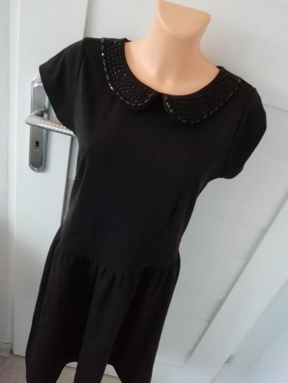 czarna elegancka sukienka reserved M L...