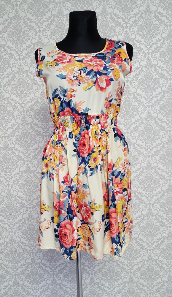 kolorowa sukienka w kwiaty Liva Girl...