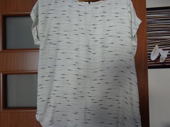 Letnia bluzeczka sessun