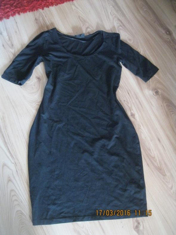 Suknie i sukienki SUKIENKA LINDEX M czarna dopasowana ołówkowa