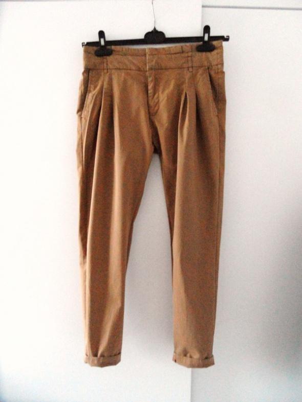 Spodnie Karmelowe spodnie Zara basic