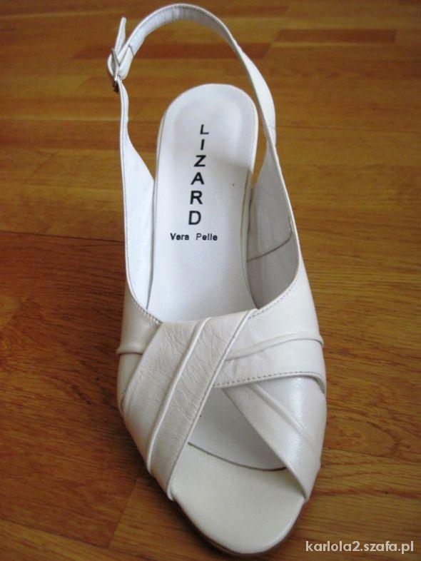 Białe sandały na obcasach LIZARD