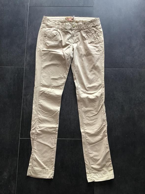 Spodnie Bershka bawełniane spodnie 38 M