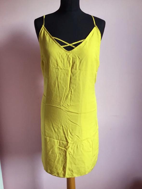 Nowa sukienka 40 L terranova