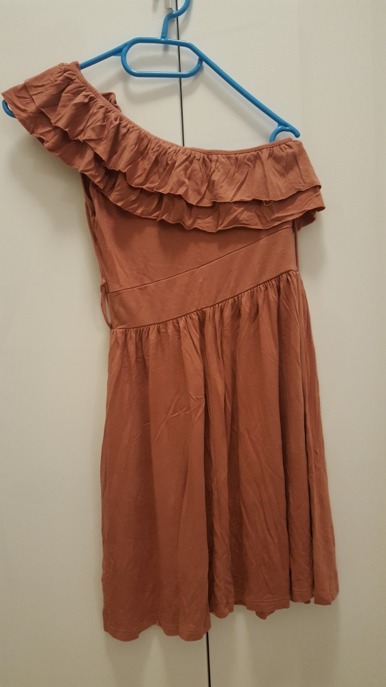 Asymetryczna sukienka Forever21
