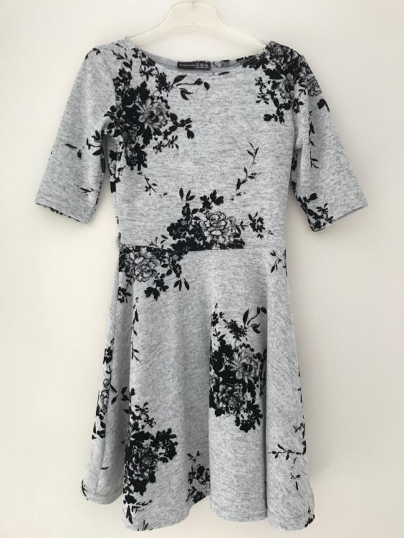 Suknie i sukienki sukienka szara Atmosphere 34 36