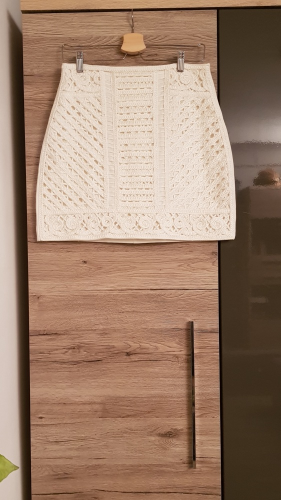 Spódnica H&M hafty ornament r 40 biała