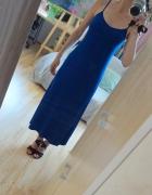 Długa sukienka na ramiączka...