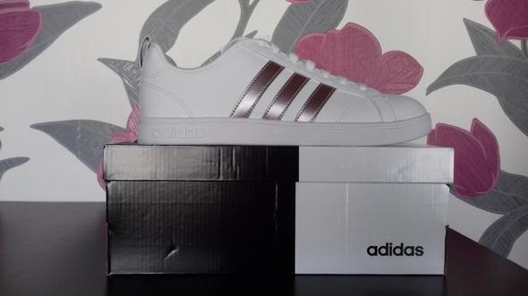 Sportowe Nowe buty Adidas Advantage