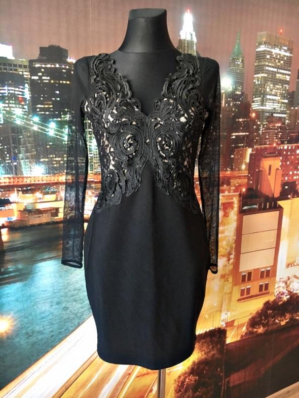 lipsy london sukienka ołówkowa gipiura siateczka blog 38 M...