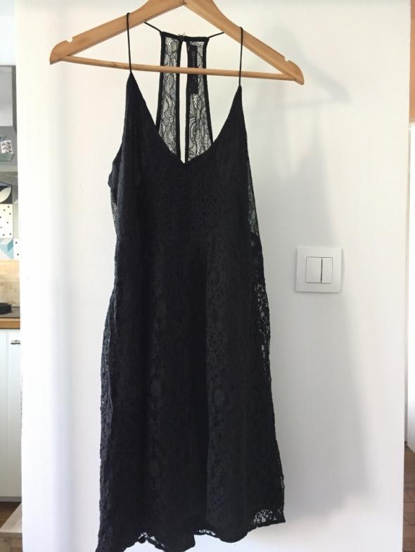 Romantyczna kolorowa czarna sukienka ZARA rozm M...