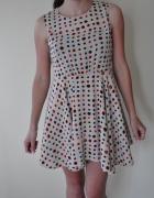 Beżowa sukienka tunika...