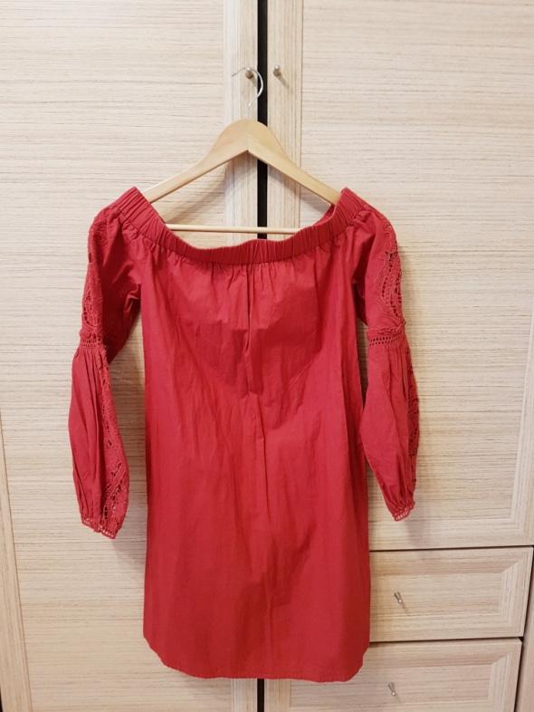 sukienka hiszpanka z długim rękawem reserved