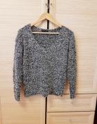 sweter włochaty new look