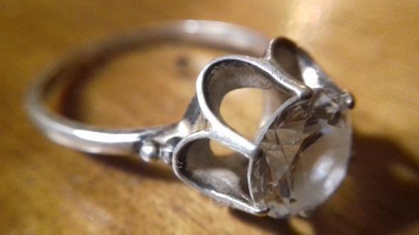 SREBRO Stary srebrny pierscionek z cyrkonią
