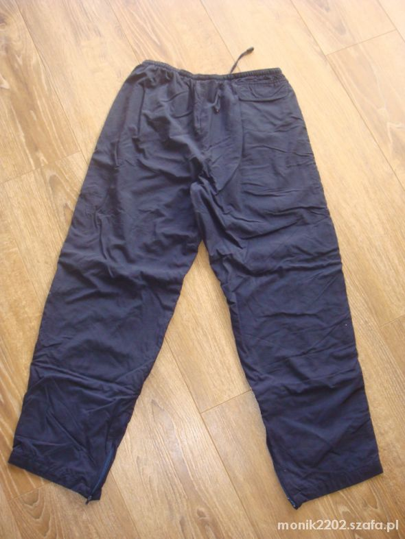 Spodnie dresowe rozmiar 38 40...