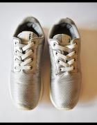 H&M Ładne srebrne buty dla dziewczynki R 35...
