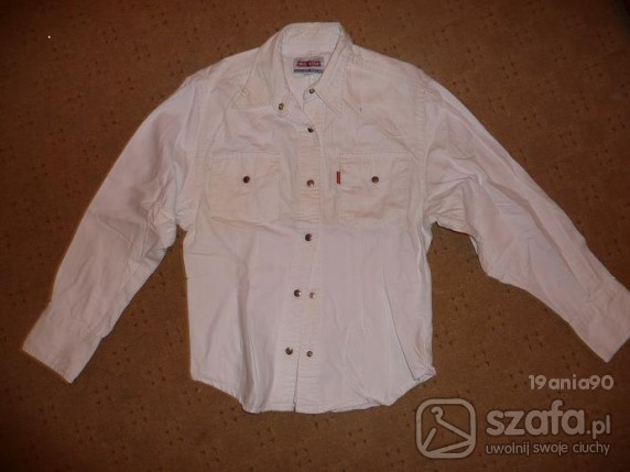 Biała płócienna koszula...