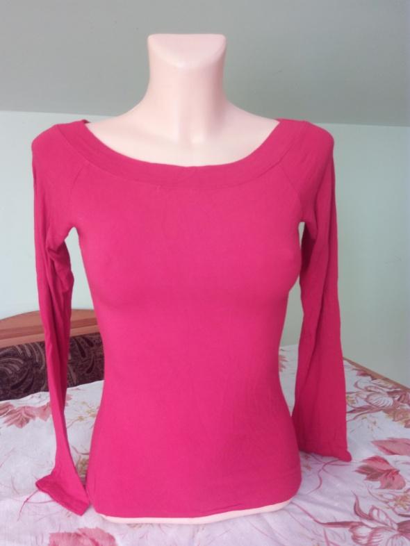 czerwona bluzka łudeczka