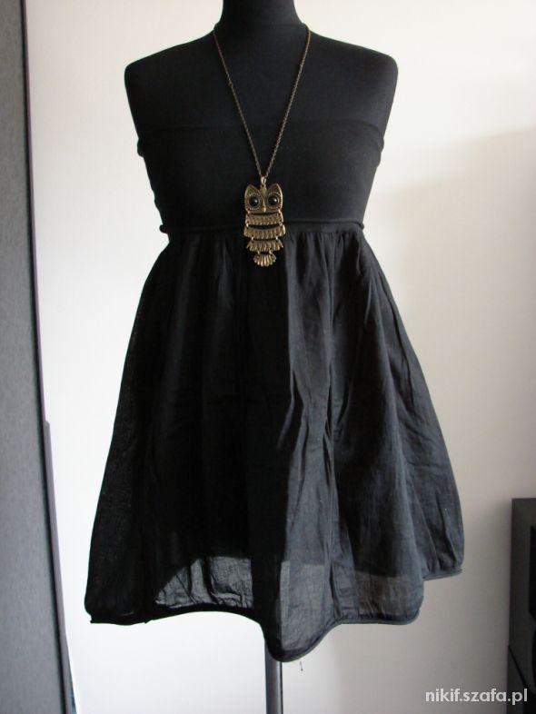Czarna sukienka spódnica Terranova