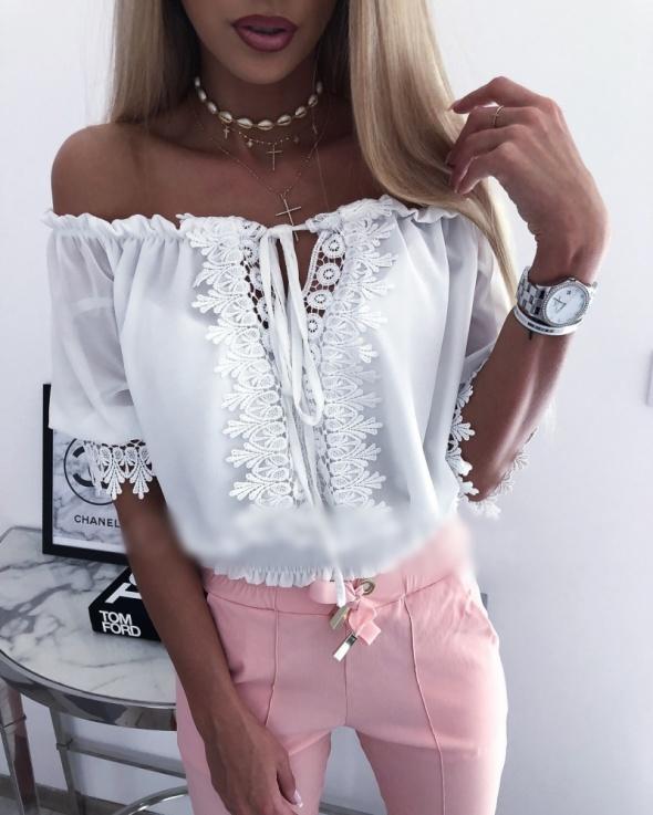 Bluzeczka biała koronka sznurowana hafty mega sexy