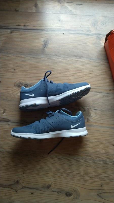 Nowe Nike 39