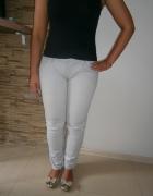 spodnie jeans w kolorze gołębim...