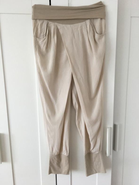 Beżowe przewiewne spodnie letnie rozm M L