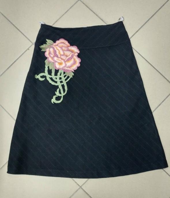 Spódnica czarna haft róża Atmosphere 40 L...
