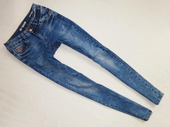 Version Jeans spodnie rurki skinny 36 S