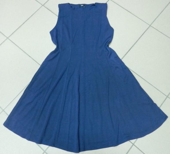 Suknie i sukienki Sukienka granatowa F&F 40 L