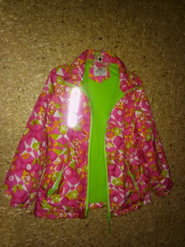 Dziewczęca jesienno wiosenna ciepła kurtka 134 cm