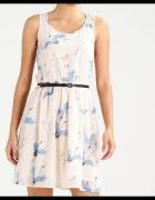 Sukienka firmy ONLY rozmiar XS...