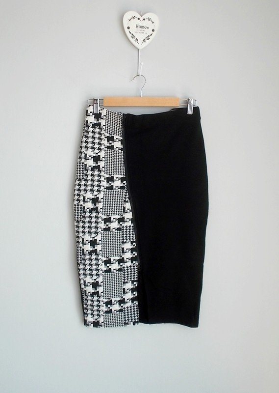 Papaya czarno biała ołówkowa spódnica z zamkiem 38