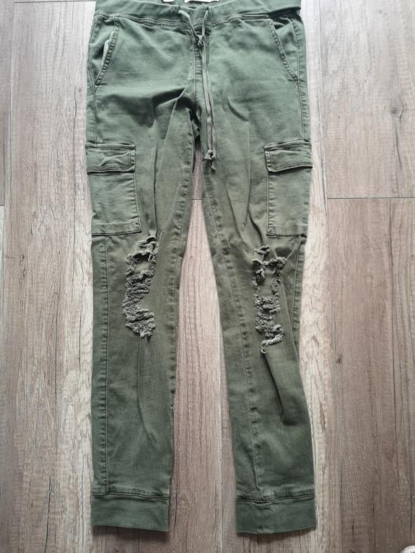 Tally weijl spodnie leginsy z dziurami nowe